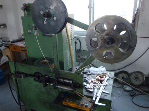 Automatic Winder Machine for Spiral Wound Gasket pictures & photos