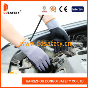 Ddsafety 2017 Black Nylon and Spandex Nitrile Ultra Foam Safety Glove pictures & photos