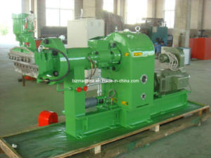 Hot Feeding Rubber Extruder Machine (XJ-150) pictures & photos