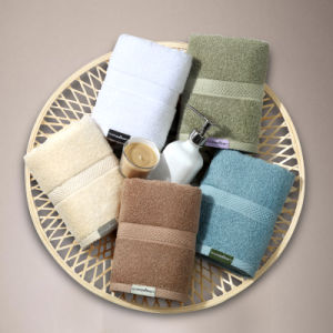 Full Cotton High Quality White Hotel Towels in Promotion Price pictures & photos