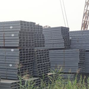 Ss400 Q235 Best Selling Construction Material Black Square Pipe pictures & photos