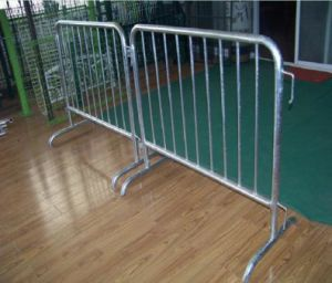 Removale Galvanized Steel Barricade/Road Steel Barrier with Bridge Feet pictures & photos