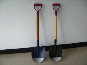Pointed Garden Shovels with Good Price pictures & photos