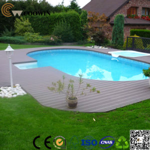 Profeesional Waterproof Lawn Wood Plastic Floor pictures & photos