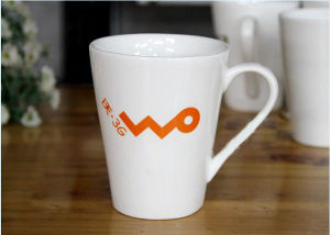 Customized White Ceramics Coffee Mug Drinking Glass for Promotion Gifts pictures & photos