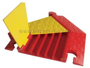 Turn Right Module Temporary Floor Cable Protector PU/Rubber pictures & photos