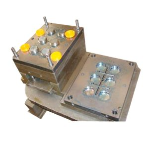 Injection Mold for PP Bottle Cap pictures & photos