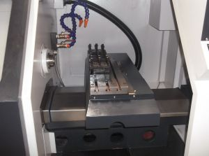 Small Linear Guideway High Precision CNC Lathe/Mini CNC Machine pictures & photos