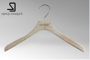 2016 Luxury Wooden Hanger for Fashion Store pictures & photos