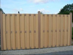 Composite WPC Garden Fencing pictures & photos