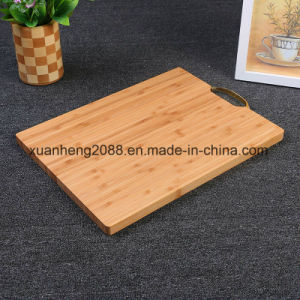 Kitchenware Bamboo and Silicone Chopping Board pictures & photos