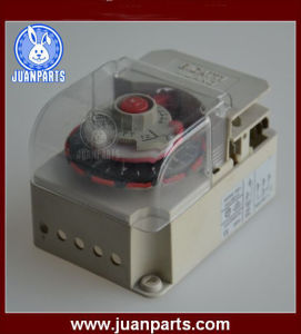 SB Series Defrost Timer & Refrigeration Spare Parts pictures & photos