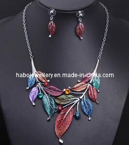 Square Stone Enamel Chain Jewelry Set (XJW13215) pictures & photos