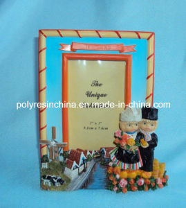 Resin/Polyresin Tourist Photo Frame of Holland Gifts pictures & photos
