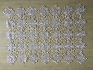 St16-10 Lace Fabric Used for Table Cloth pictures & photos