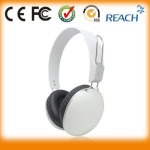 Top Quality Wired MP3 Stereo Headphone Computer Headphone Wholesale pictures & photos