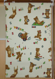 Manual Cartoon Patterned Roller Blind, Fire-Retardant Fabric Blinds pictures & photos