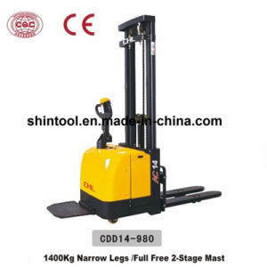 1400kg Electric Stacker with Full Free Two Stage Mast (CDD14-980) pictures & photos