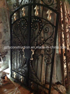 High Quality Hand Forged Wrought Iron Gate pictures & photos