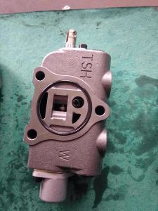 Nichiyu Forklift Hydraulic Oil Control Valve, Increase Valve Core, Control Rod pictures & photos
