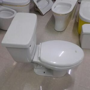 9011e Cheap Upc Elongated Siphonic Two Piece Ceramic Toilet pictures & photos
