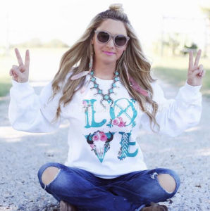 2016 New Designed Printed Love Girl′s Sweater (80021) pictures & photos