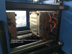 Silica Gel Injection Molding Machinery pictures & photos