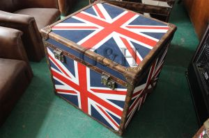 Antique Vintage Leather Trunk Wine Storage Box pictures & photos
