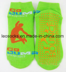 Anti-Slip Sock Non Slip Sock Trampoline Sock pictures & photos