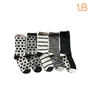 5 Pairs Bulk Pack of Cotton Children Socks pictures & photos