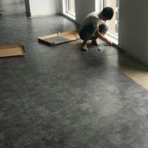 High Quality Luxury Vinyl Flooring/Homogenous Plastic PVC Flooring pictures & photos