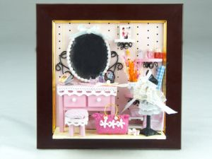Hanging DIY Dollhouse Picture Frame Mini House Decoration pictures & photos