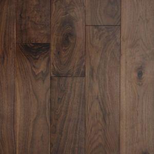 Engineered American Walnut Wooden Flooring/Hardwood Floor pictures & photos
