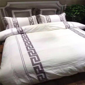 Factory Supply Low Price Cotton King Size Bedding for Hotel Apartment pictures & photos