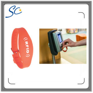 Customized Logo Printing NFC Ntag213 Silicone Wristband pictures & photos