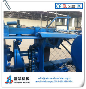 Full Automatic Chain Link Fence Machine with Low Factory Price pictures & photos