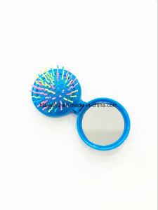 Round Foldable Mini Plastic Brush with Mirror pictures & photos
