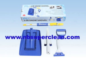 Winter on Sales Snow Push Plastic Snow Shovel Kit (CN2366) pictures & photos