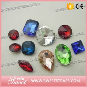 13*18mm Teardrop Glass Rhinestone with Metal Claw for Party Dress pictures & photos