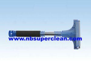 Hot Sell Aluminum Tube Plastic Car Ice Scraper with EVA (CN2173) pictures & photos