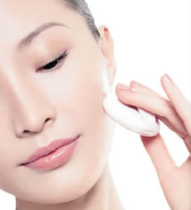 Moisturizing Skin Care Hyaluronic Acid (HA) pictures & photos