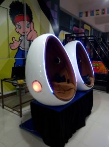 Made in China 9d Egg Vr Cinema / Simulator Arcade Game Machine for Shopping Mall pictures & photos