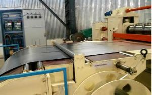 Middle Speed Galvanized Zinc Steel Coil Metal Slitting Machine pictures & photos