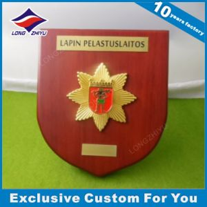 Finland Custom Power Facility Alloy Medallion Award Wooden Shields pictures & photos