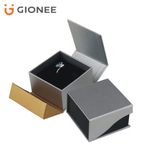 OEM/ ODM Printing Paper Gift Packaging Box/ Jewelry Box pictures & photos