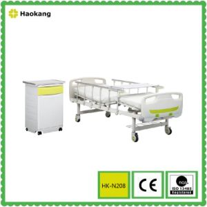 Hospital Bed for Manual Adjustable Medical Equipment (HK-N208) pictures & photos