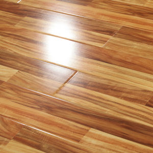 High Quality Crystal HDF or MDF Industrial Laminate Flooring pictures & photos