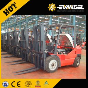 Telescopic Forklift (XT670-140) pictures & photos