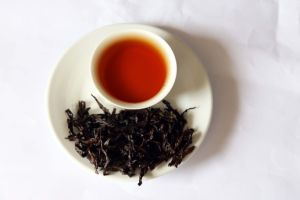 Da Hong-Pao Chinese Hight Quality Oolong Tea pictures & photos