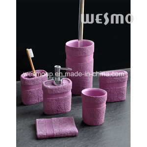Towel Shape Polyresin Bathroom Set pictures & photos